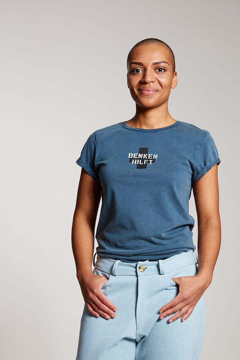 DENKEN HILFT Damenshirt von Elternhaus, fair fashion made in Hamburg