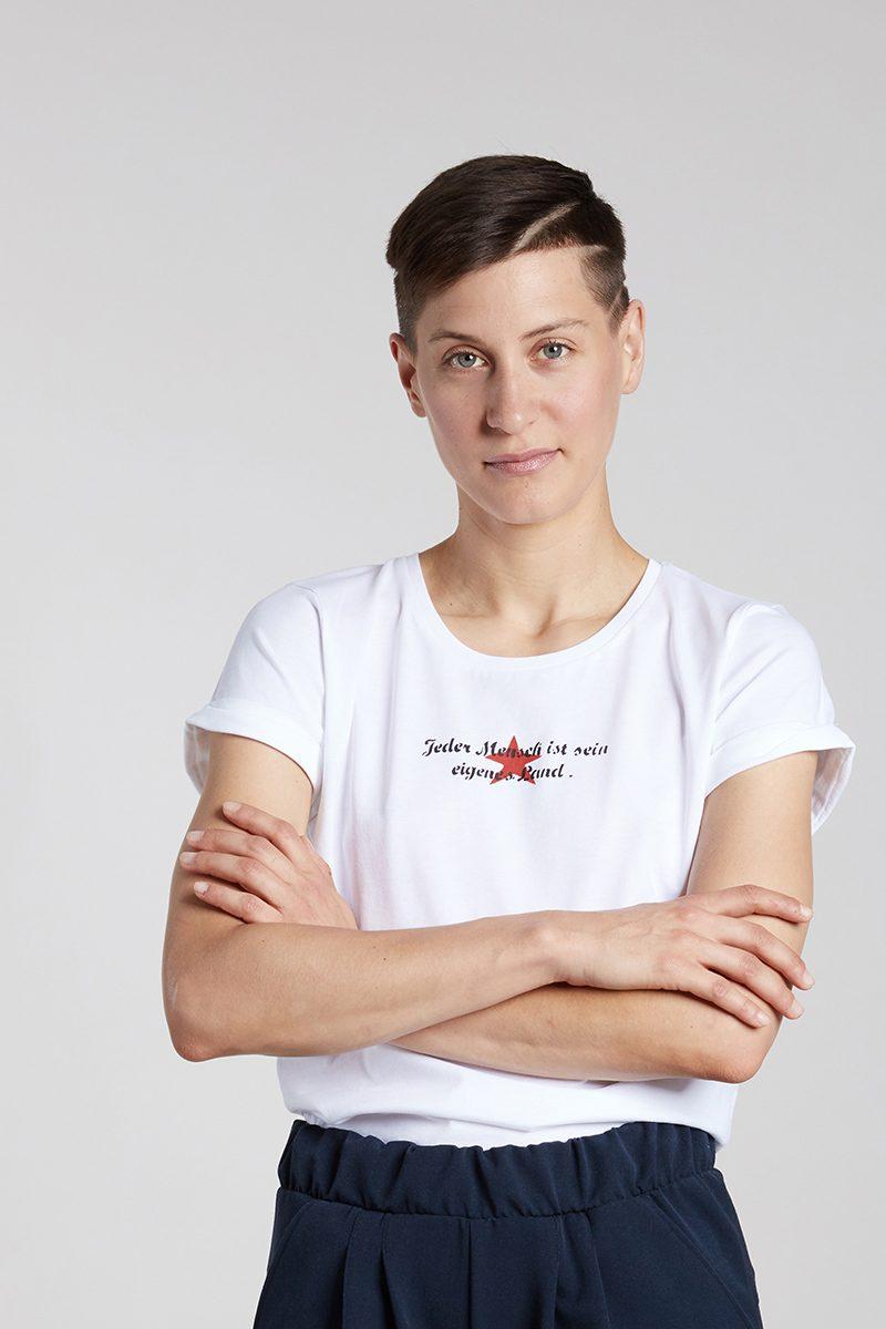 JEDER MENSCH IST SEIN EIGENES LAND - Damenshirt von Elternhaus