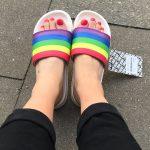 Pride- Badelatschen von Sixblox