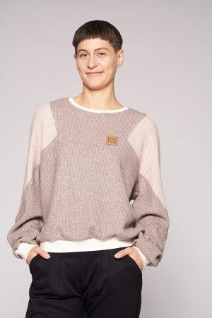 HUMAN BEING HUMAN Strick-Blousonsweater von Elternhaus