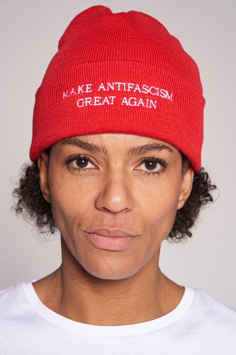 """""""Make antifascism great again"""" Beanie von Elternhaus"""