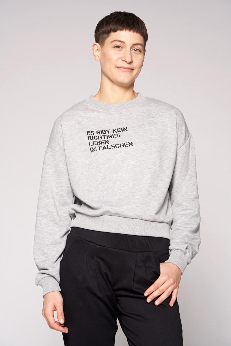 Es gibt kein richtiges Leben im Falschen - Sweater von Elternhaus